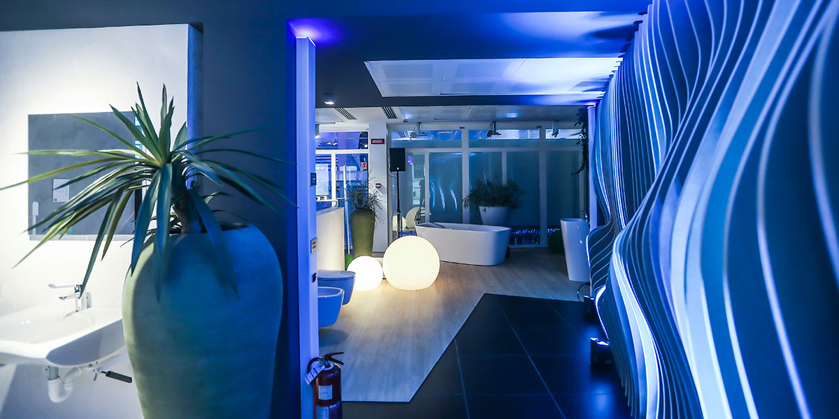 Ideal Standard Milano Showroom.Grand Opening In Borsi9 Ideal Standard Showroom And